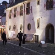 Lichtkunst bei der Abschluss Veranstaltung das LaborARTorium der Stadtbesaetzer*innen am 23.11.19, im Gemeindehaus St. Viktor am Markt, Schwerte an der Ruhr